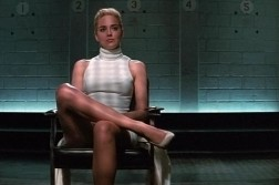 Sharone Stone dans Basic Instinct